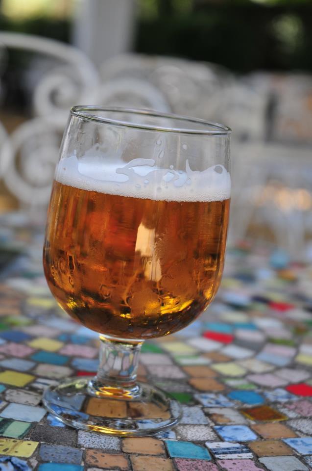 Cerveza. Sevilla en sus tapas