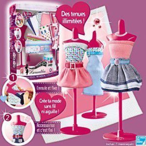 Harumika-tu peux en trouver chez ToysRus&#x3B; tu peux créer plein de tenues grâce à de multiples tissus !