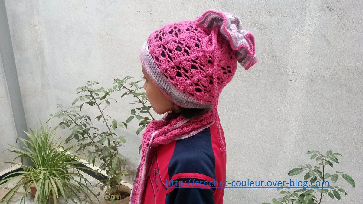 Le bonnet et son écharpe ajourés 1