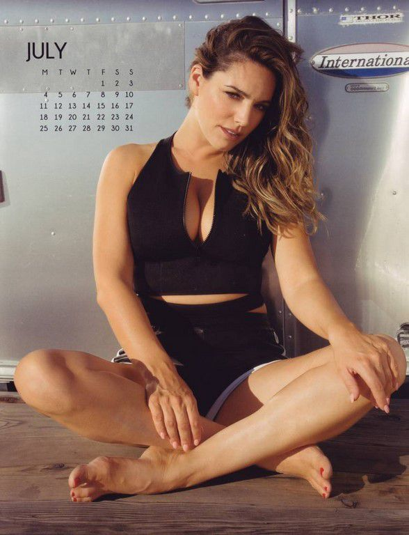 Le calendrier 2016 de Kelly Brook