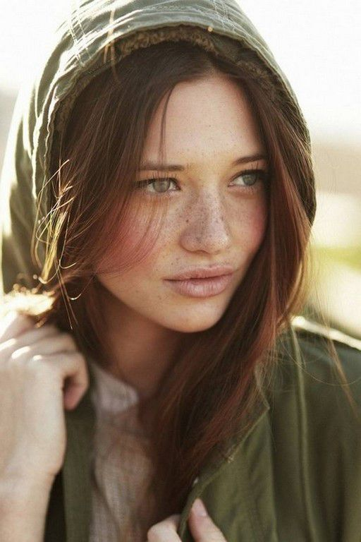 Des jolies et superbes filles rousses (53 Photos)