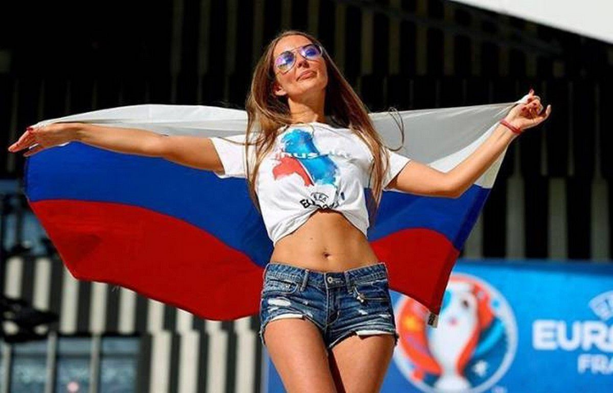 Ces supportrices sexy qui ont illuminé euro 2016 (97 Photos)