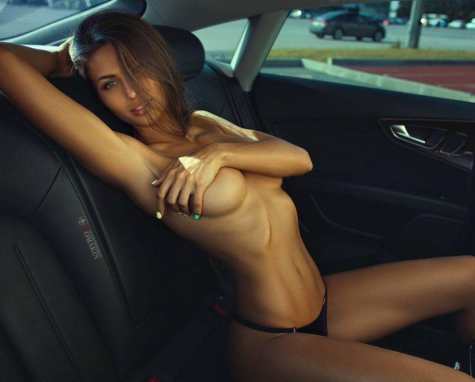 En voiture Simone ! (51 photos)