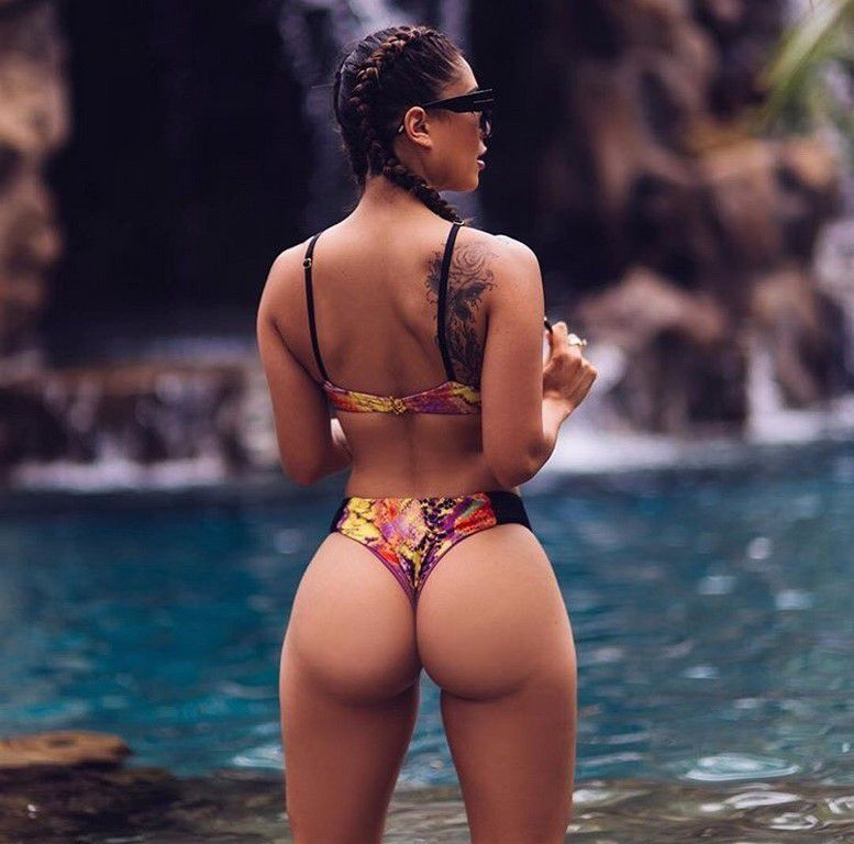 Des bikinis pour rechauffer le weekend (37 Photos)