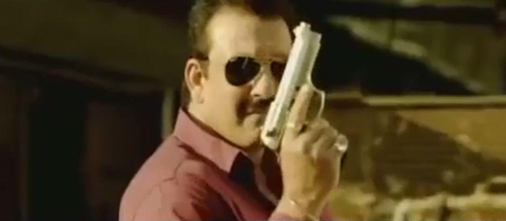 Une scène d'action incroyable, extrait d'un film bollywoodien defiant toutes les lois de la physique