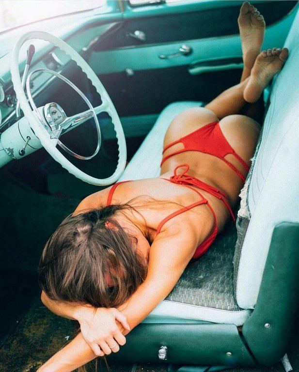 En voiture Simone ! (42 Photos)