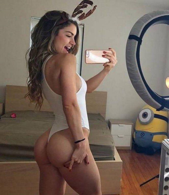 Des selfies de jolies filles (95 Photos)