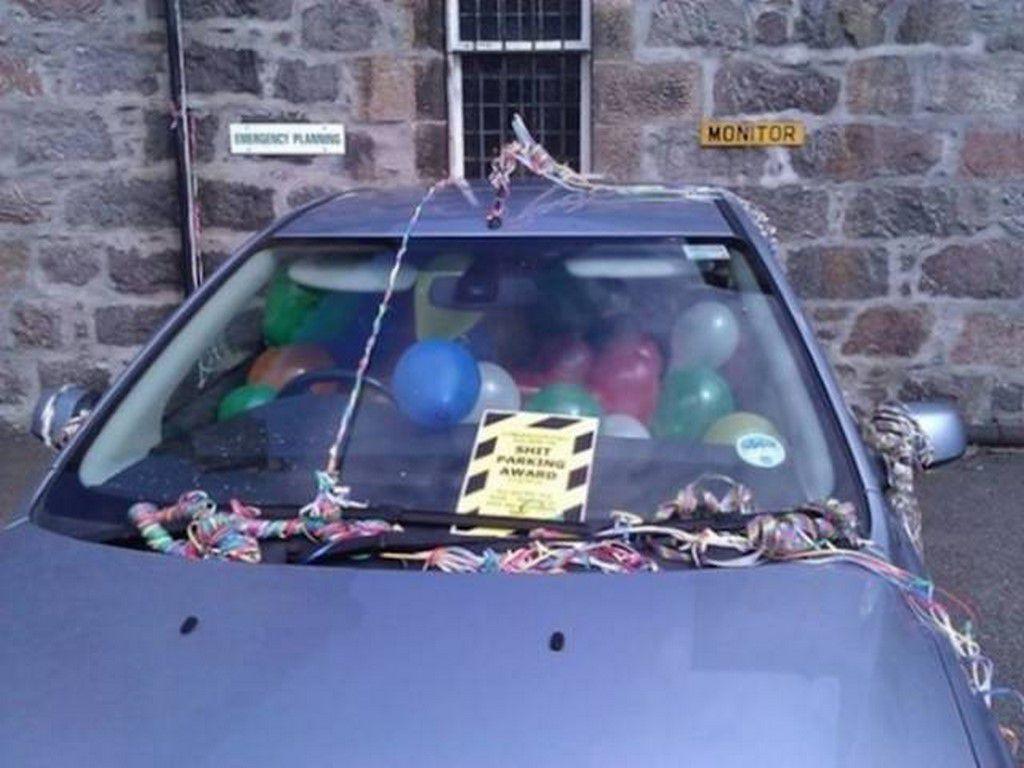Comment faire comprendre à une voiture qu'elle est mal garée (29 Photos)