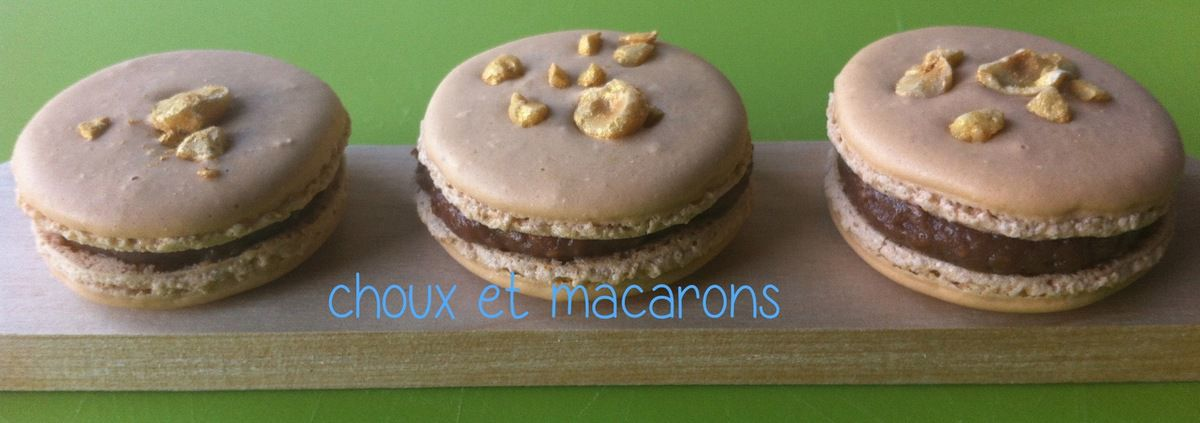 Favori Des macarons au Kinder Bueno! - Choux et Macarons XA76