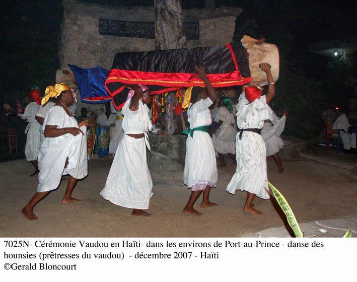 HAÎTI : Cérémonie vaudou
