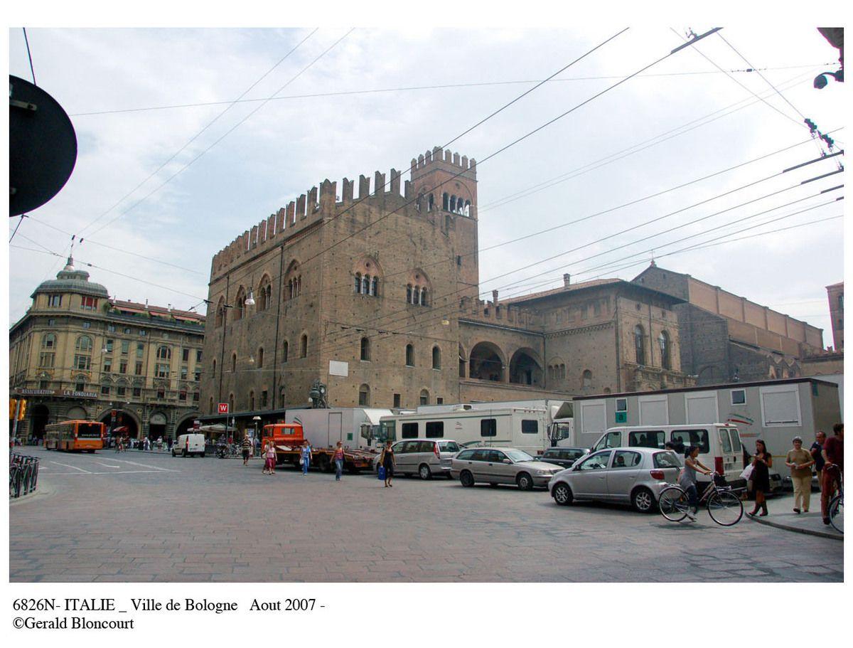 ITALIE (BOLOGNE)