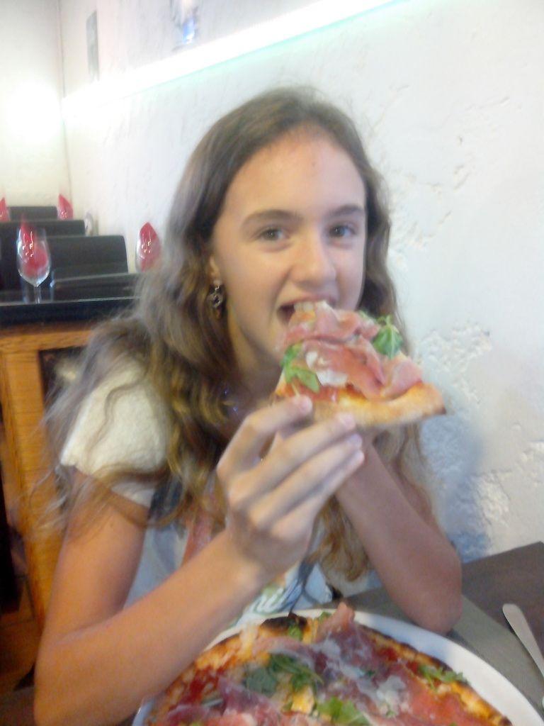 Et une pizza, une...!!!