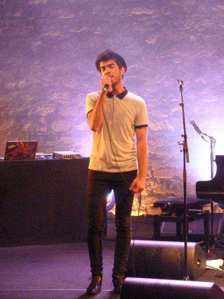 Live Report : Izarry au Café de la Danse