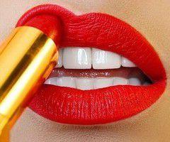 Blanchir ses dents naturellement