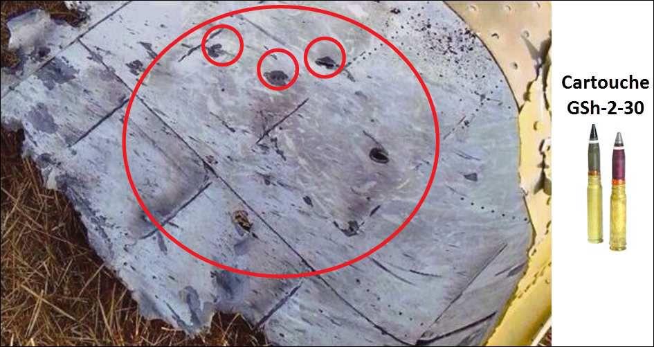 Photo 21. nature des dégâts sur la carlingue du Boeing 777