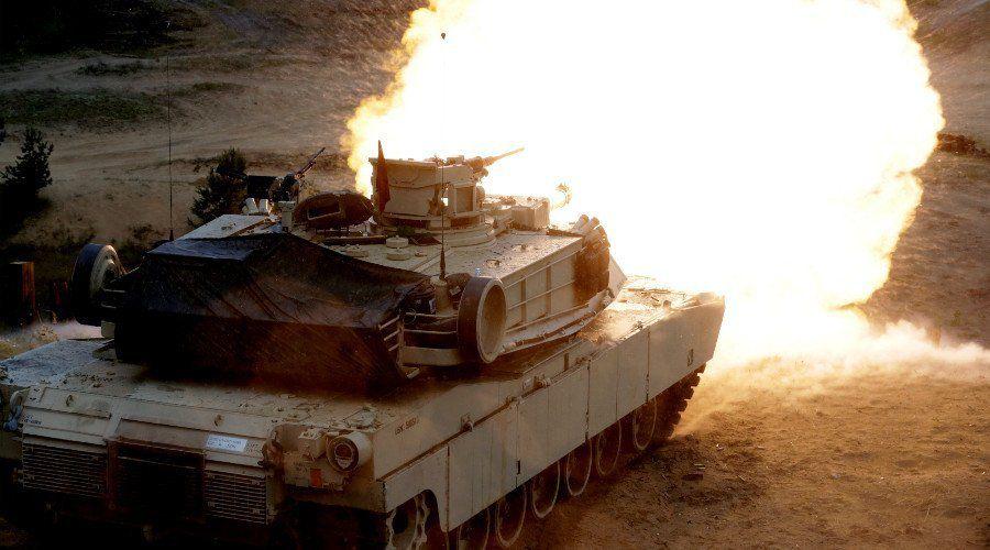 Des centaines de chars américains arrivent en Europe pour maintenir «la paix» aux frontières russes !!!