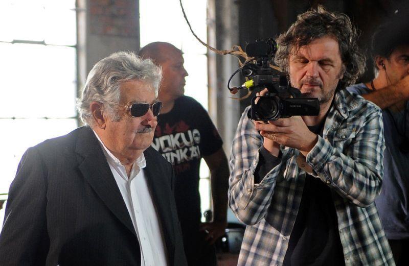«Le dernier héros», l'ex-président d'Uruguay Mujica vu par Kusturica  Par MAURICIO RABUFFETT