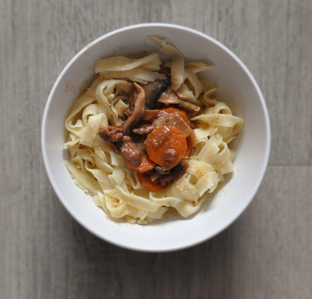 Bourguignon de PST, tagliatelles fraiches, parmesan végétal