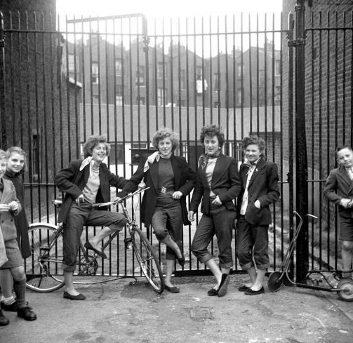 Les Teddy Boys and Girls