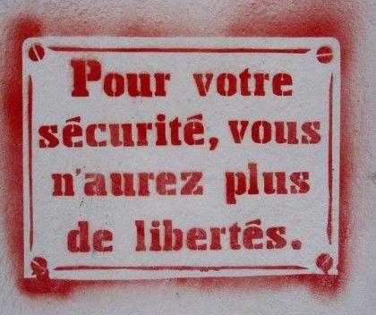 Attentat contre Charlie Hebdo, Manifestation, liberté de la presse [Dossier spécial d'Initiative Communiste]