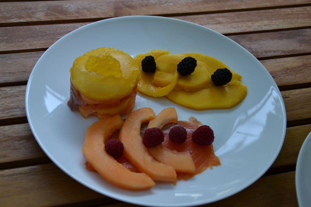 Méli mélo de truite fumé, mangue, melon