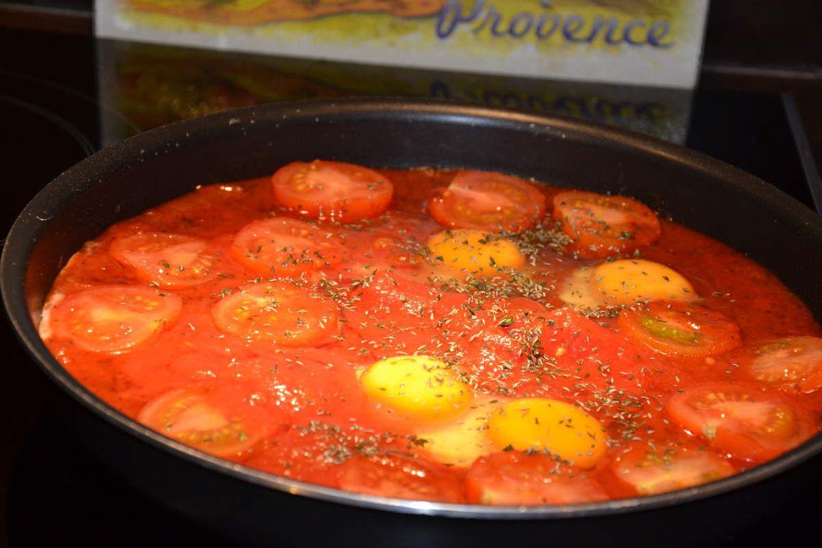 Tomates pôelées aux oeufs