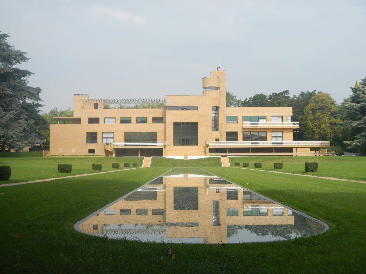 reflet de la villa Cavrois