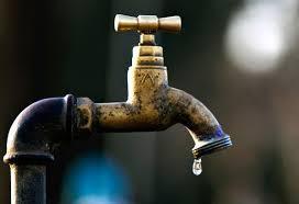 Coupures d'eau : Veolia traîne en justice ceux qui l'obligent à respecter la loi