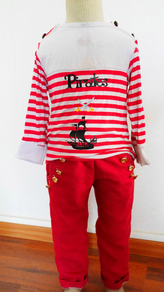 ensemble jean et t shirt pirates