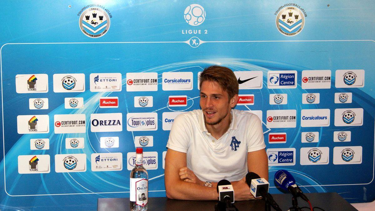 Luca Miracoli quitte le Tours FC