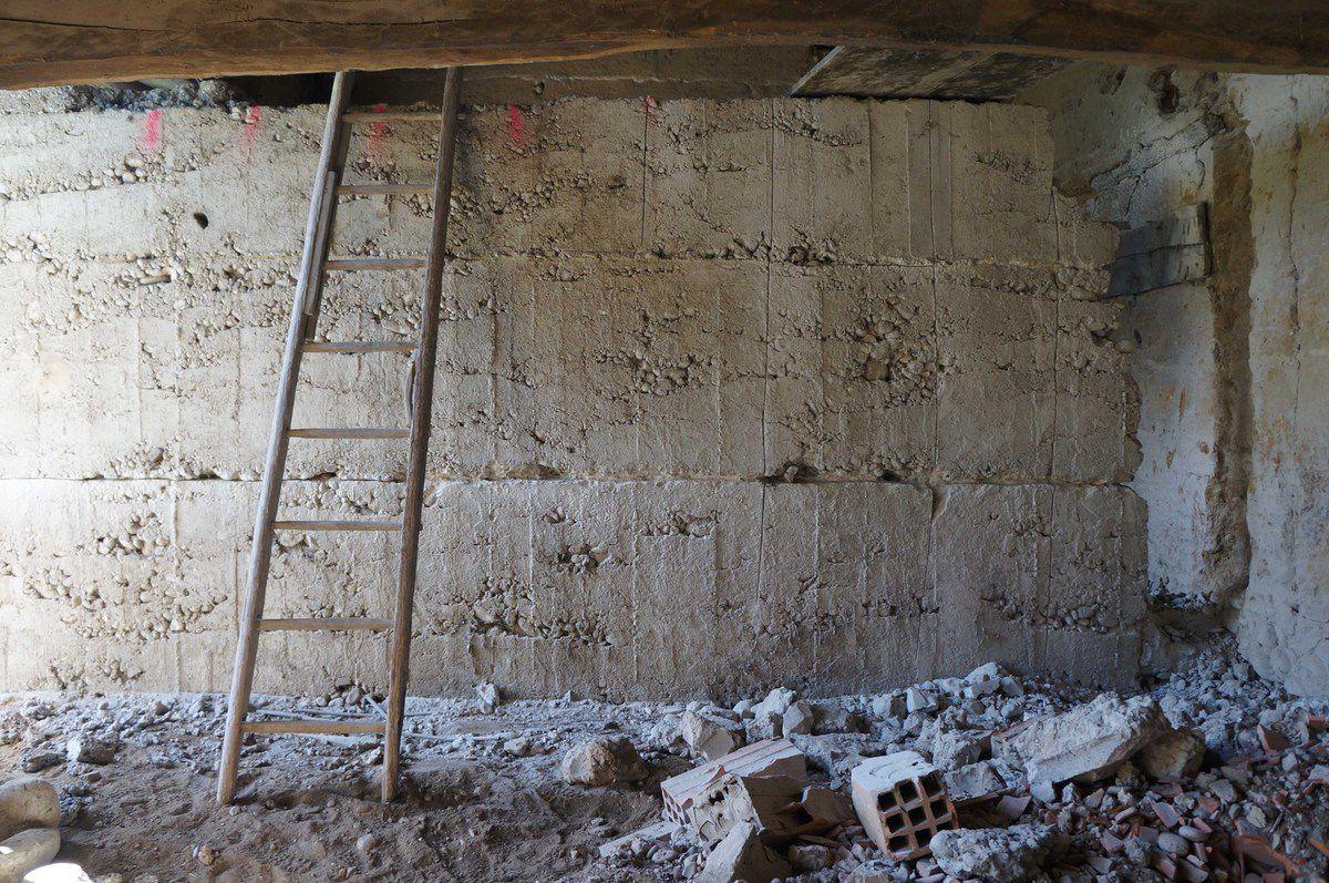 10 destruction du mur banch et de la dalle de la grange attenante 1 2 2014 semaine 39. Black Bedroom Furniture Sets. Home Design Ideas