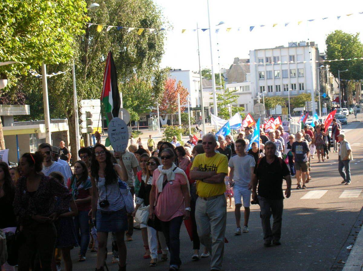 Serrurier Lorient dedans lorient: manifestation de soutien à la palestine hier soir. - le