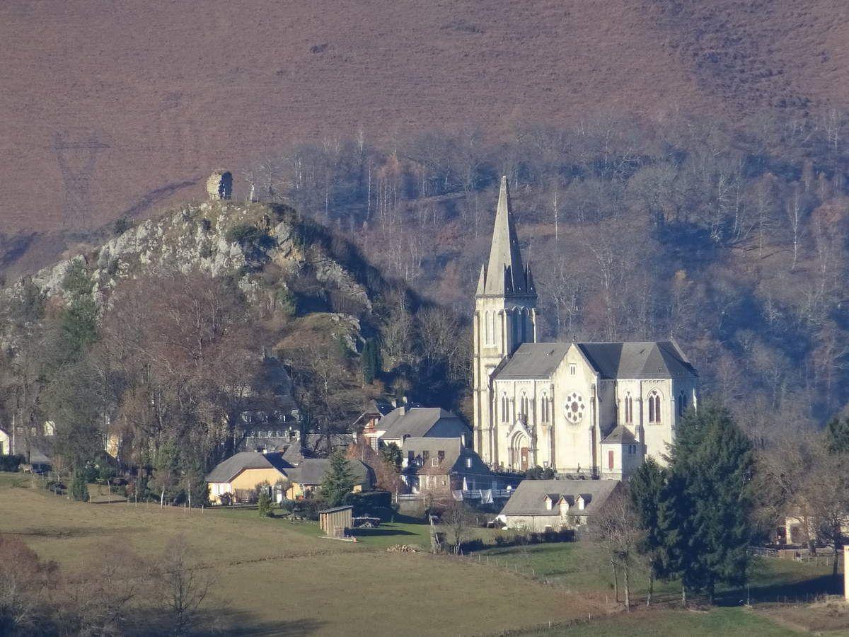 Labassère, Vierge du Bédat, et Pic du Montaigu