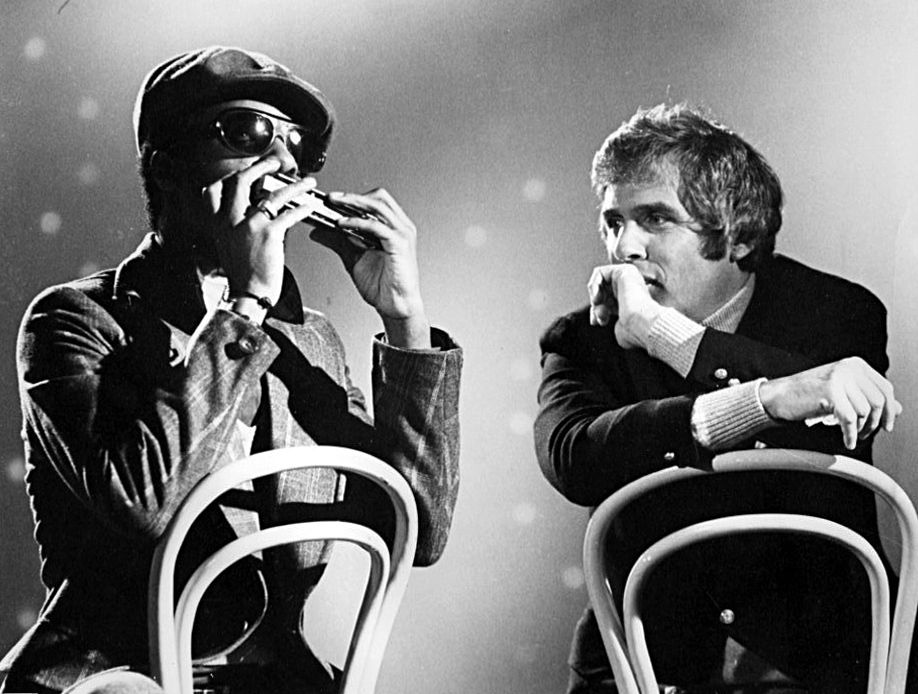 Burt Bacharach avec Stevie Wonder en 1960.