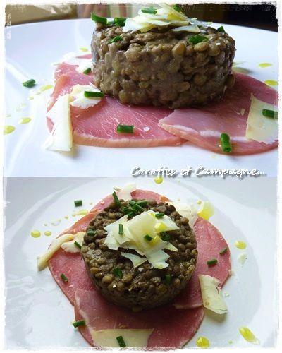 Salade de lentilles, copeaux de fromage de chèvre et bacon