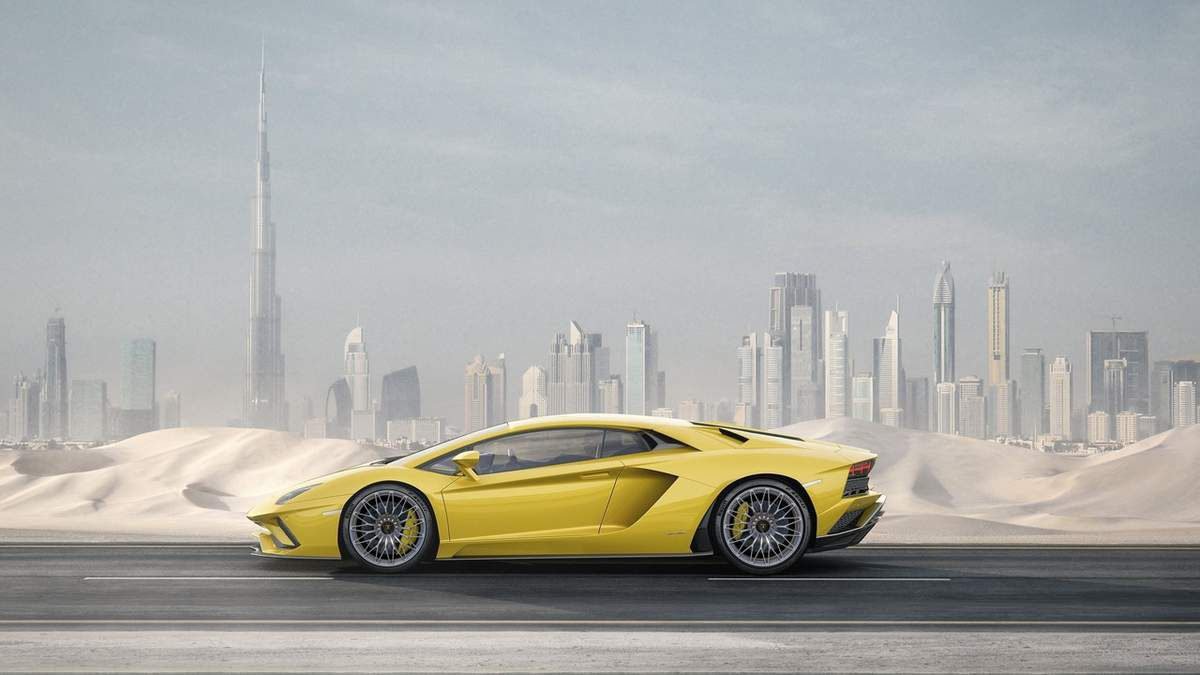 Lamborghini Aventador S: toujours plus