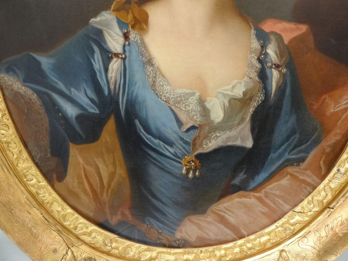 Hyacinthe Rigaud et atelier, portrait de femme, v. 1699 (détail). Coll. priv. © d.r.