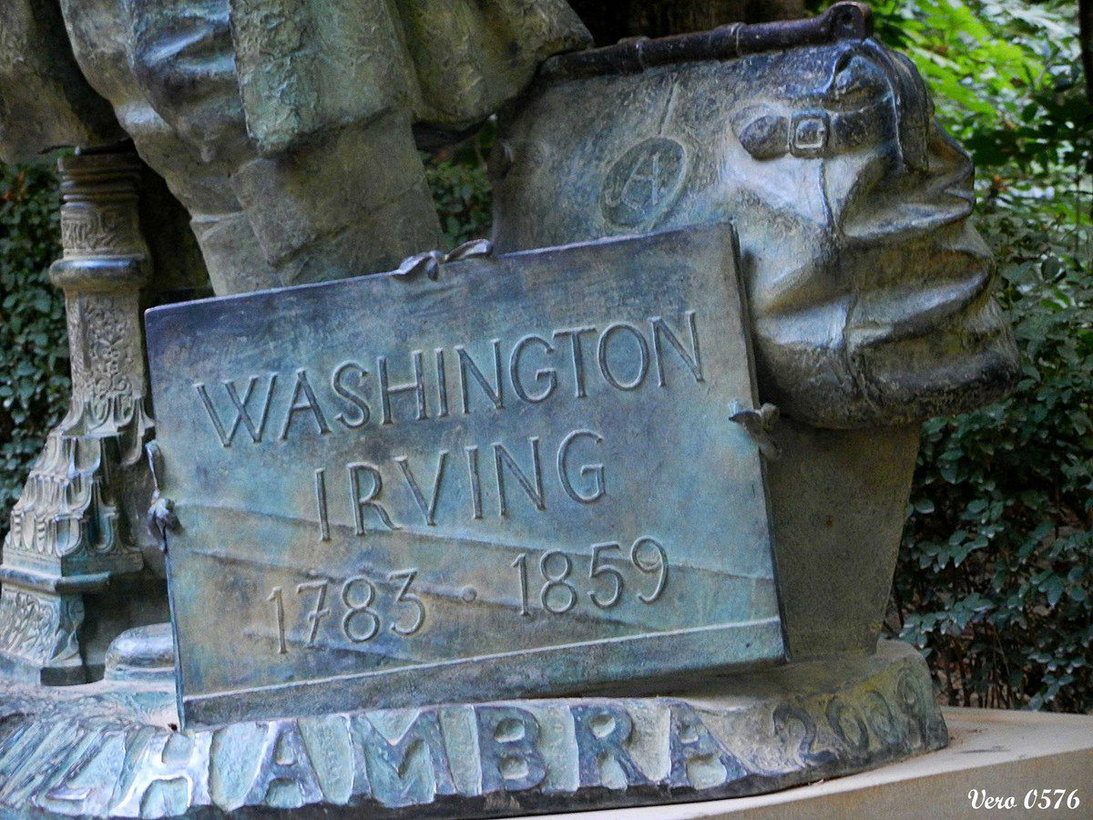 Estatua de Washington Irving, hijo de la Alhambra - Bosques de la Alhambra
