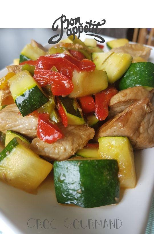 Sauté de porc aux poivrons et aux courgettes