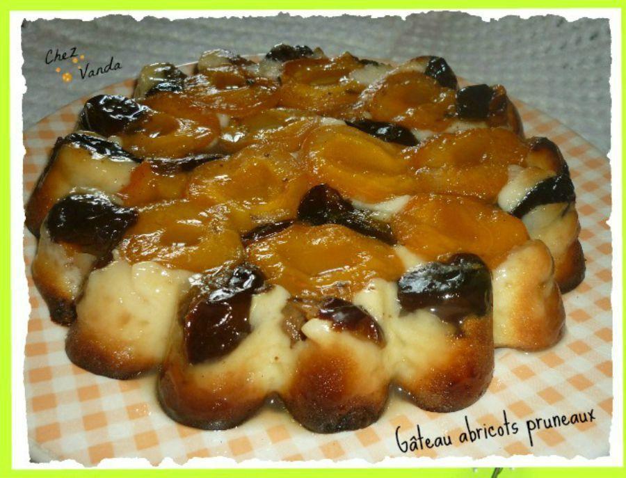 Gâteau abricots pruneaux