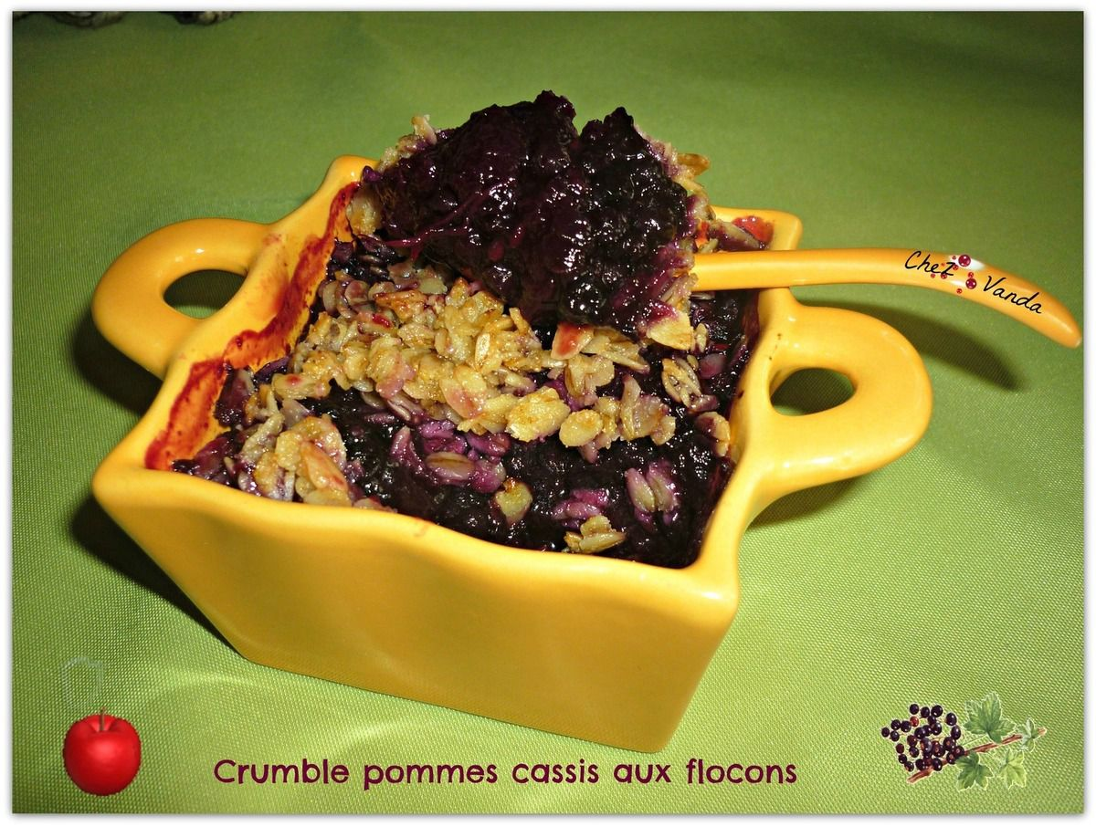 Crumble pommes fruits rouges aux flocons