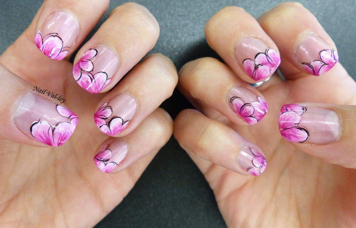 Nail art: fleurs à la russe