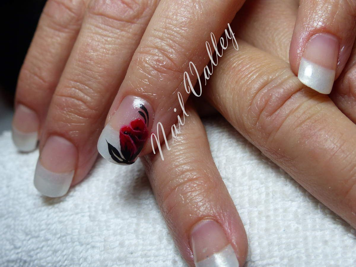 Nail art Mariage: inspired by Tartofraise
