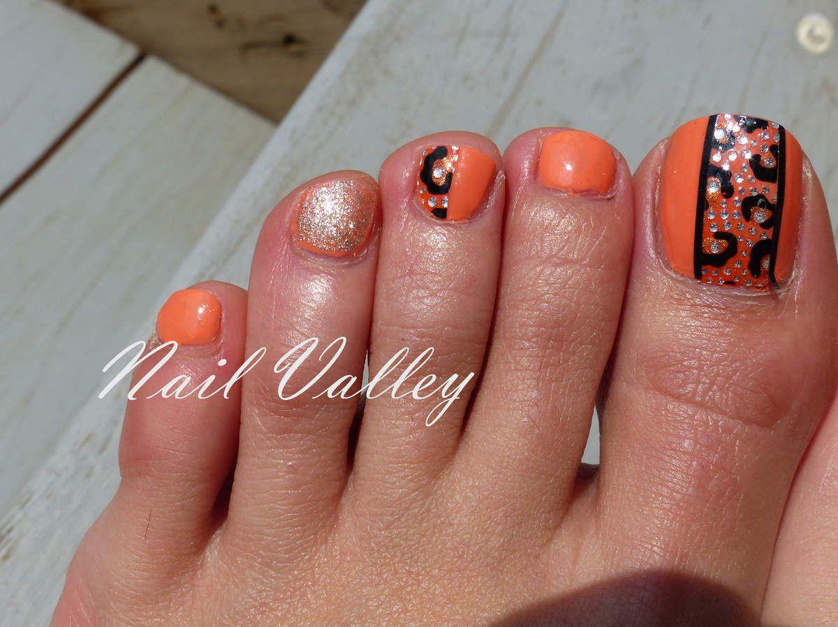 Nail art: Orteils corail léopard