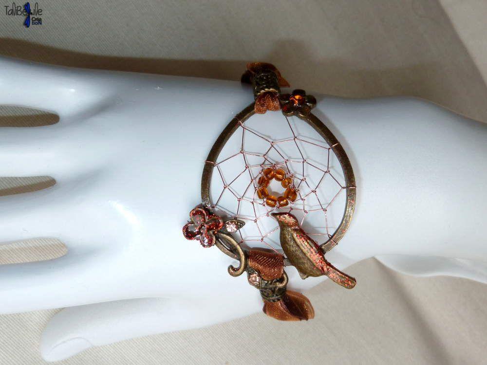 Bracelet réglable tissé d'un attrape-rêves ou dreamcatcher