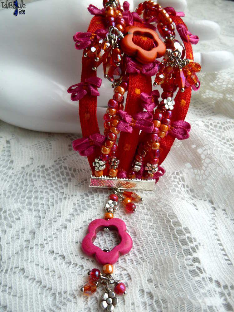 Bracelet manchette façon multi-rangs aux perles de cristal