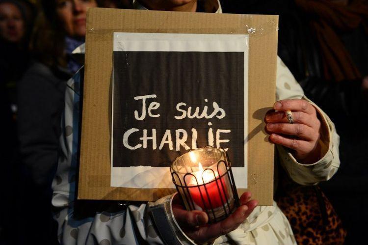 Soutien solidaire aux victimes du 7 et 9 janvier 2015. #jesuischarlie