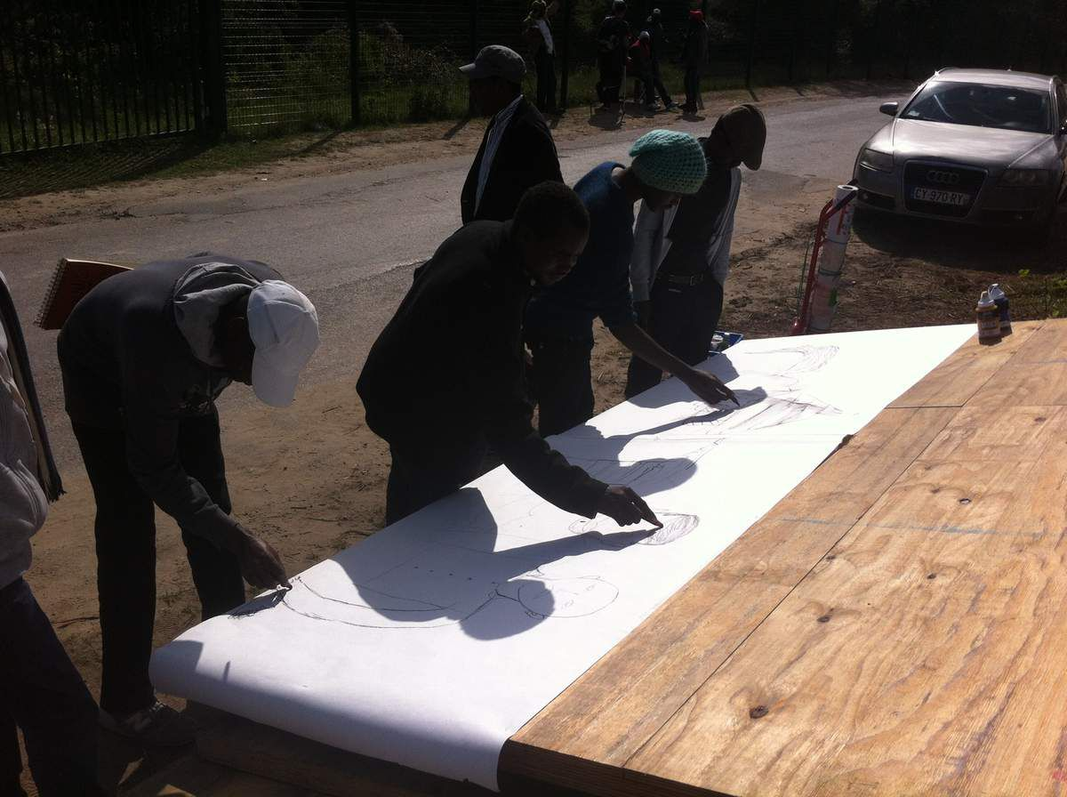 lnstallation &quot&#x3B;Les Migrants&quot&#x3B; de Calais