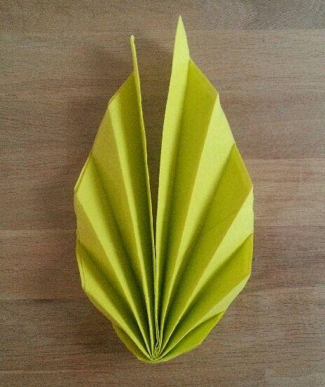 Des feuilles de palmier sur votre table toc - Pliage serviette forme feuille ...