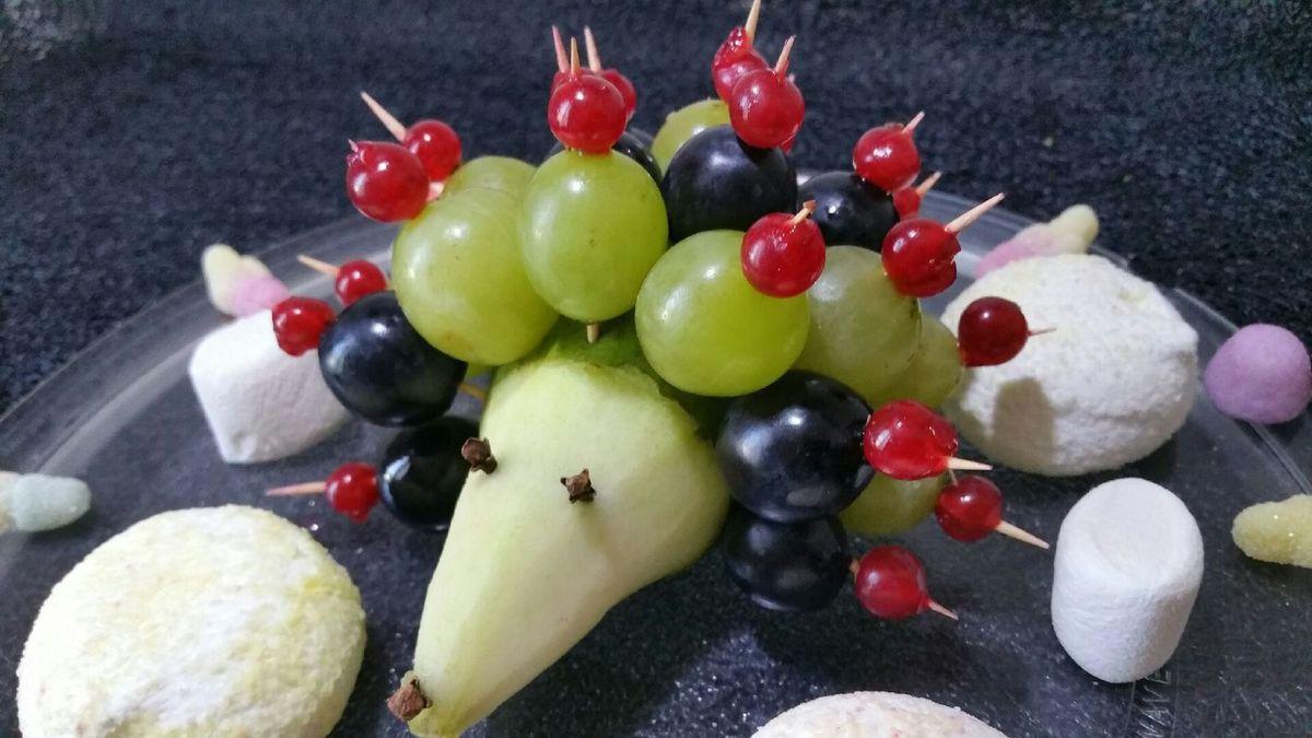 hérisson en fruits frais